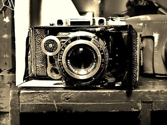 Picture found on: http://www.redbubble.com/people/pictureem/works/6985035-old-time-camera